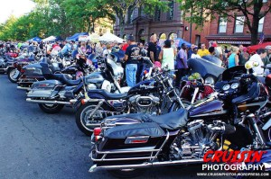 Bikes and spectators jammed Main Street down to the South Green.